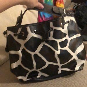 Bowlero tan and white purse